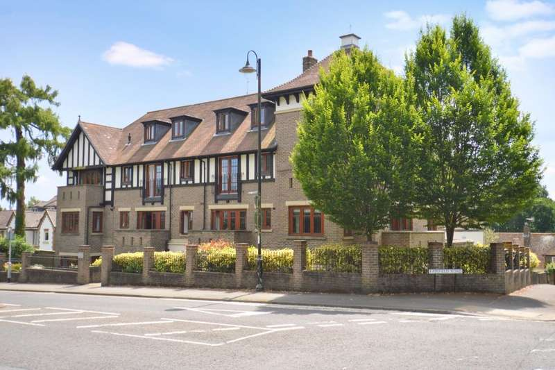 2 Bedrooms Flat for sale in Lewes Road, East Grinstead, RH19