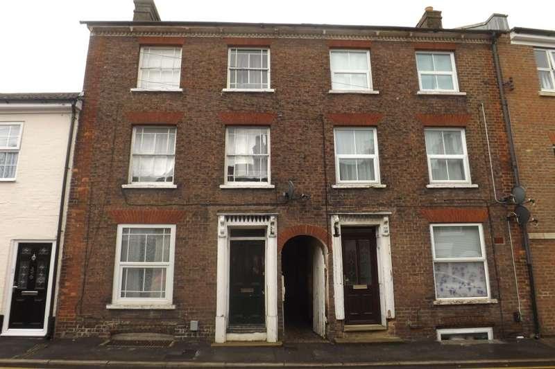 Flat for sale in Edward Street, Dunstable, LU6