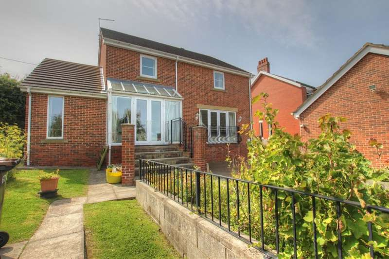 5 Bedrooms Detached House for sale in Durham Road, Sacriston, Durham, DH7