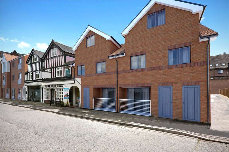2 Bedrooms Apartment Flat for sale in Oak End Way, Gerrards Cross, Buckinghamshire, SL9
