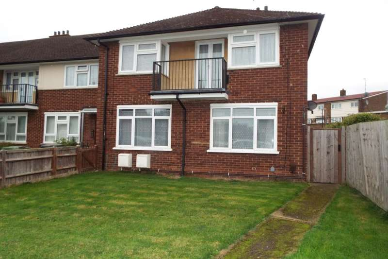 1 Bedroom Flat for sale in Warren Close, Slough, SL3
