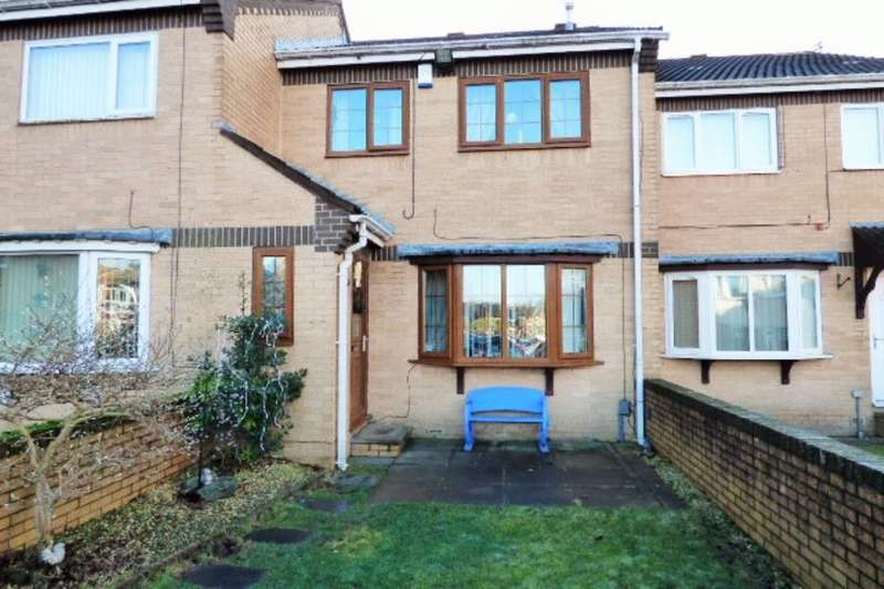3 Bedrooms Property for sale in Plumpton Close, Bradford, BD2