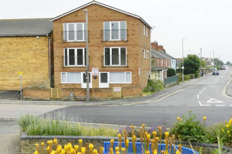 3 Bedrooms Flat for sale in Loewen Cinema Quebec Road, Mablethorpe, LN12