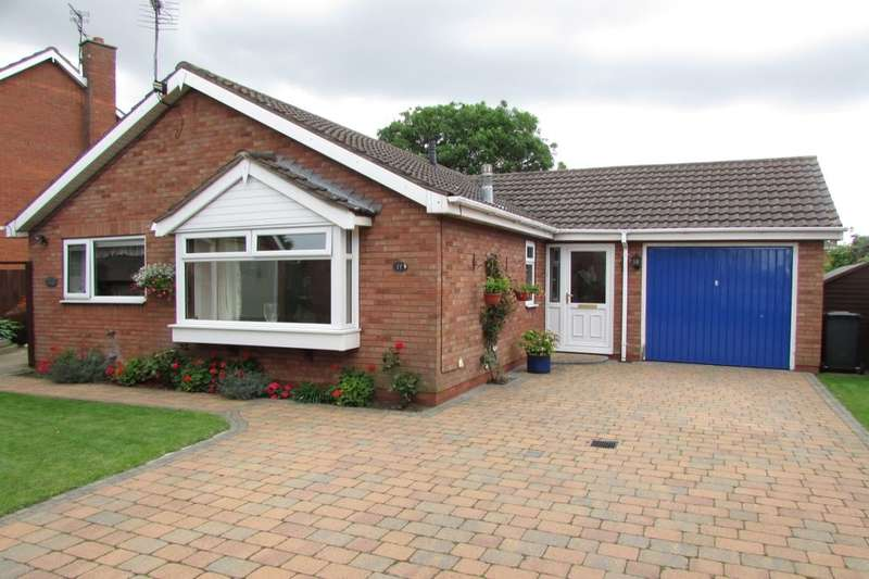 3 Bedrooms Detached Bungalow for sale in Magdalen Close, Scunthorpe, DN16