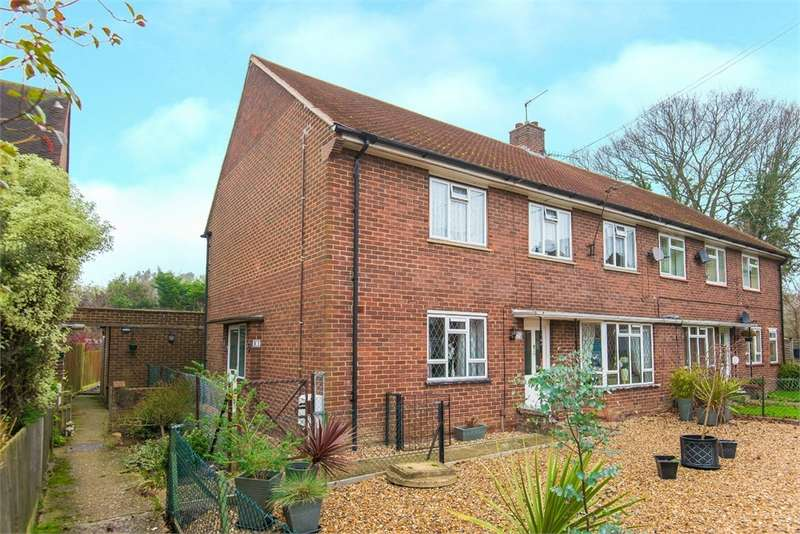 2 Bedrooms Maisonette Flat for sale in Ash Grove, Harefield, Middlesex