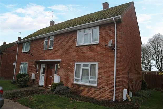 2 Bedrooms Semi Detached House for sale in Liberator Road, Upwood, Ramsey, Huntingdon, Cambridgeshire