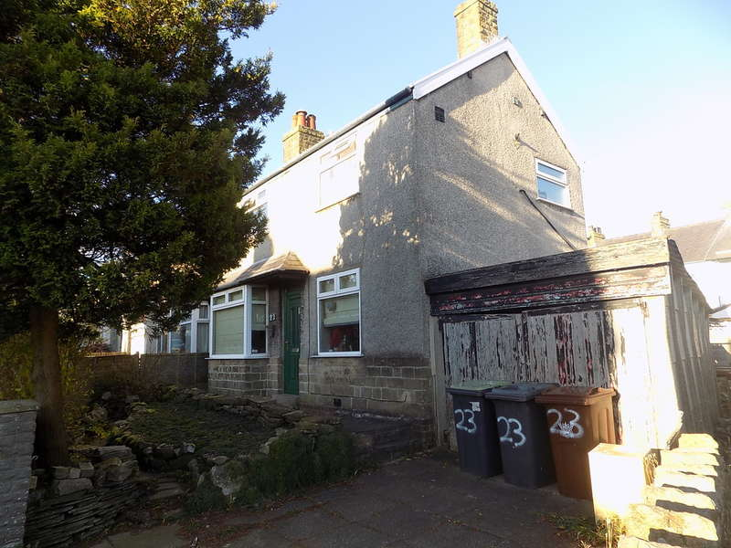 3 Bedrooms Semi Detached House for sale in Princes Road, Buxton