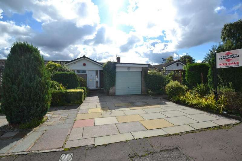4 Bedrooms Bungalow for sale in Greenoak Drive, Sale