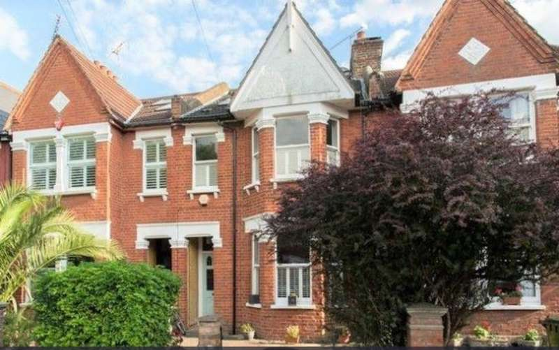 5 Bedrooms Property for sale in Gordon Avenue, St Margarets TW1