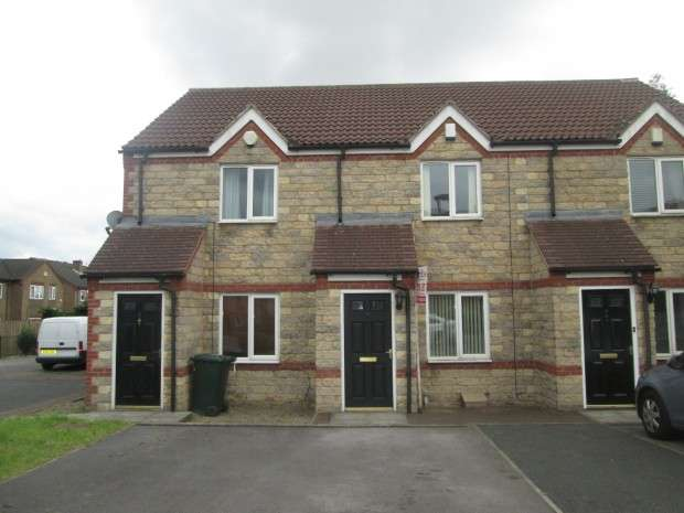 2 Bedrooms Town House for rent in Dewfield Close, Bradford, BD4