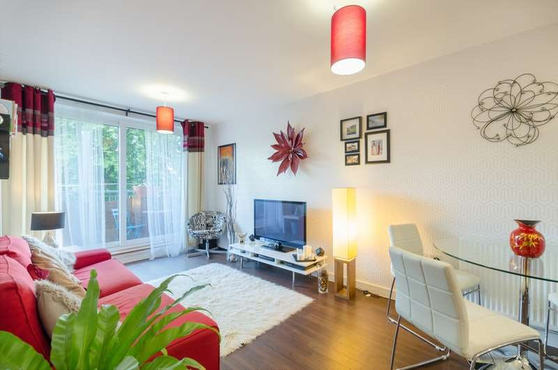 2 Bedrooms Apartment Flat for sale in Whitestone Way, Croydon, Surrey, CR0