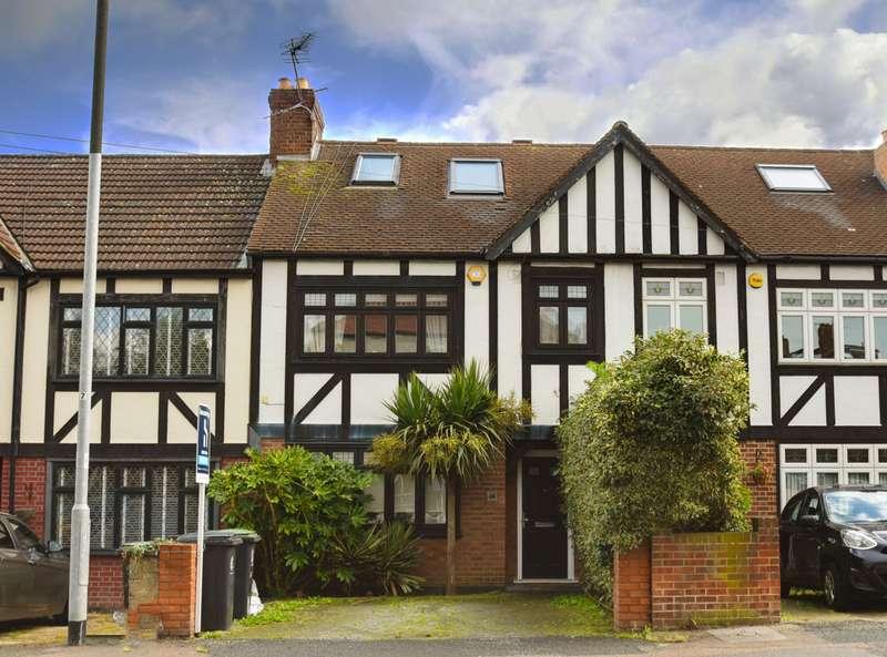 4 Bedrooms Terraced House for sale in Buckhurst Way, Buckhurst Hill IG9