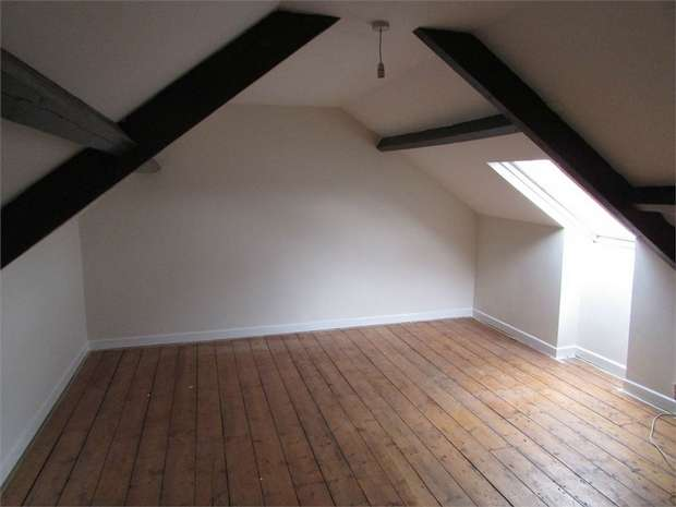 3 Bedrooms Flat for rent in Windsor Road, Neath Centre, Neath, West Glamorgan