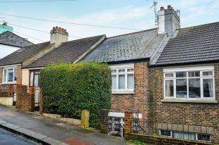 2 Bedrooms Flat for sale in Milner Road, Brighton, East Sussex