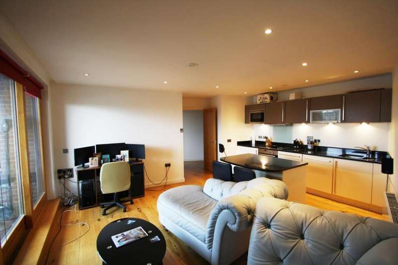1 Bedroom Apartment Flat for sale in CANDLE HOUSE, 1 WHARF APPROACH, LEEDS, LS1 4GJ