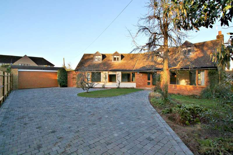 5 Bedrooms Detached House for rent in The Green, Preston, Hitchin, SG4