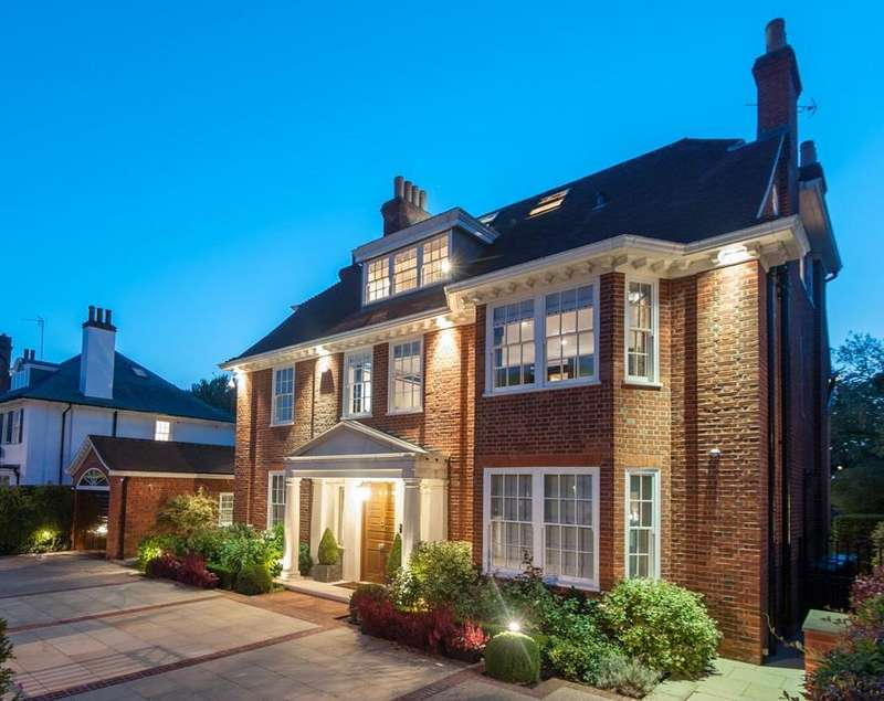 7 Bedrooms Detached House for sale in Stormont Road, N6