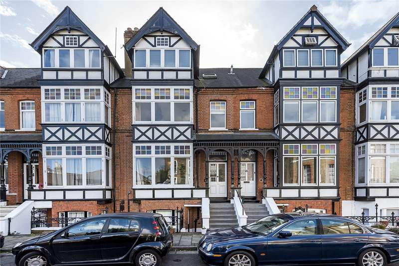 4 Bedrooms Terraced House for sale in Warrington Road, Richmond, TW10