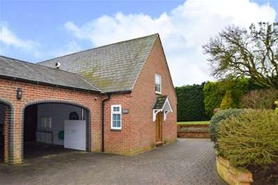 2 Bedrooms Detached House for rent in East Haddon, Northampton, NN6