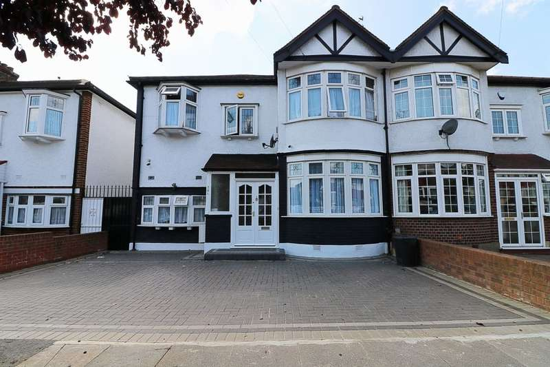 4 Bedrooms Property for sale in Wanstead Park Road, Ilford, IG1