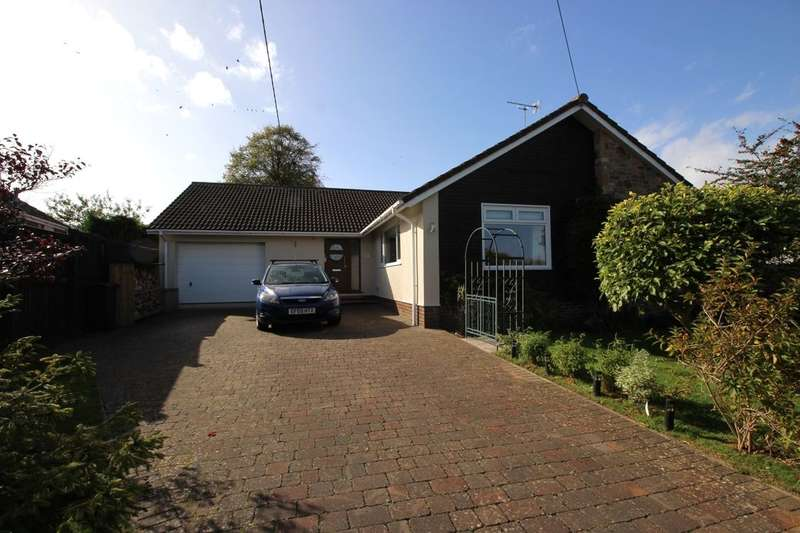 4 Bedrooms Detached Bungalow for sale in Rippleside Road, Clevedon, BS21