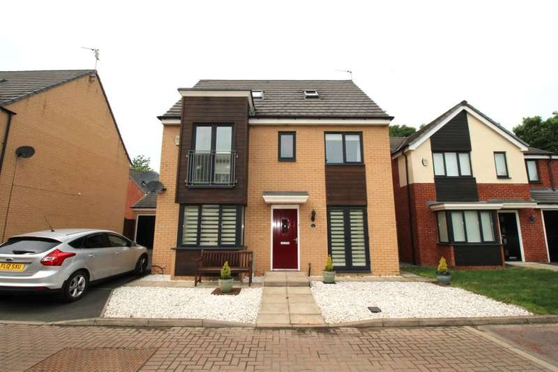 5 Bedrooms Detached House for sale in St. Lukes Place, Hebburn, NE31