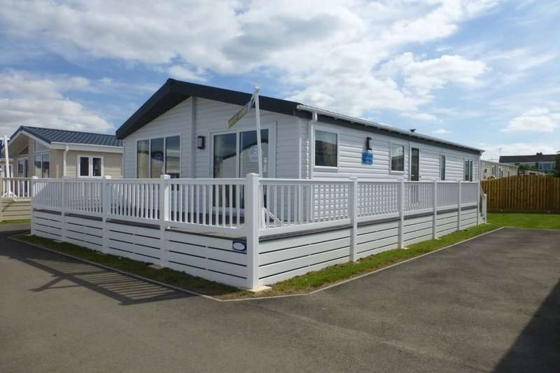 3 Bedrooms Detached Bungalow for sale in Seaview Holiday Homes St. Johns Road, Whitstable, CT5