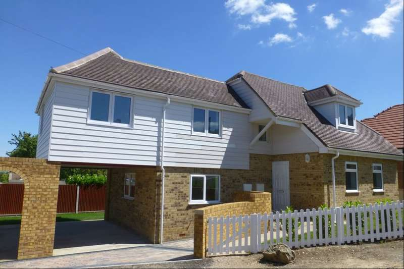 3 Bedrooms Detached House for sale in Gordon Road, Whitstable, CT5