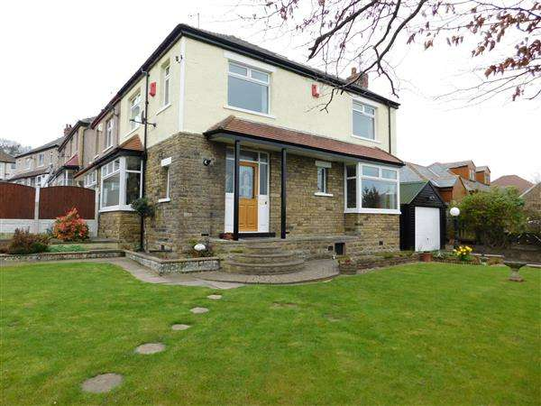 3 Bedrooms Semi Detached House for sale in Hollybank Road, Bradford