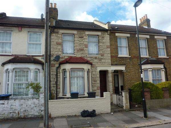 2 Bedrooms House for rent in Wakefield Street, London