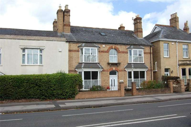 5 Bedrooms Semi Detached House for sale in Wellington Road, Taunton, Somerset, TA1