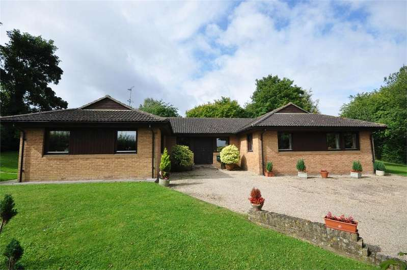 4 Bedrooms Detached Bungalow for sale in Old Orchard, Church End, Broxted, Great Dunmow