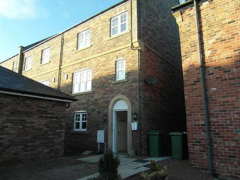 5 Bedrooms Property for sale in Beech Wood, Castle Eden, Hartlepool, Durham, TS27 4FF