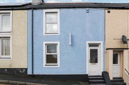 2 Bedrooms Terraced House for sale in Bridge Street, Llanerchymedd, Anglesey, Sir Ynys Mon, LL71