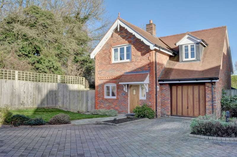 4 Bedrooms Detached House for sale in Bledlow Ridge