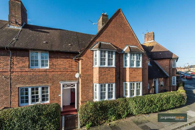 2 Bedrooms House for sale in Mellitus Street, Shepherds Bush, London, W12 0AT