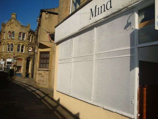 Commercial Property for rent in Commercial Use Premises TO LET