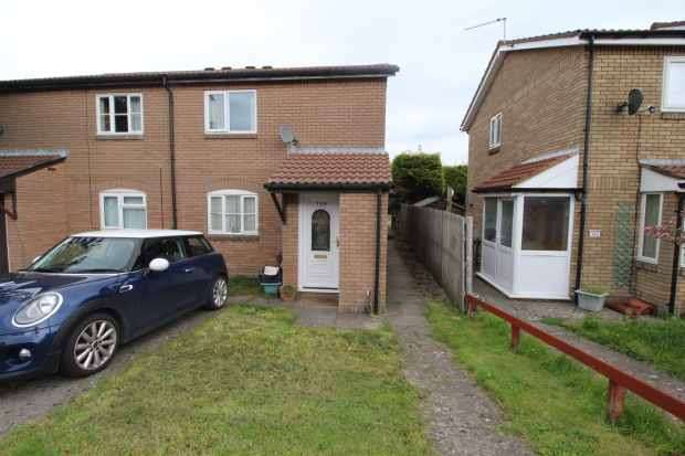 1 Bedroom Maisonette Flat for sale in Glenbrook Drive, Barry, South Glamorgan, CF63 2FB