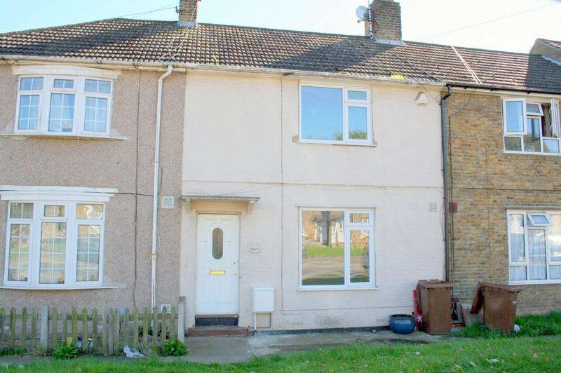 3 Bedrooms Terraced House for rent in Darnley Road, Strood ME2