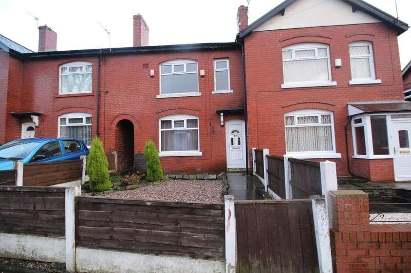 3 Bedrooms Semi Detached House for rent in Hazel Avenue, Bury, BL9