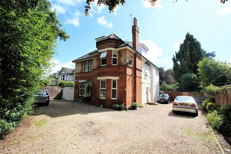 2 Bedrooms Flat for sale in 28 Charminster Road, BOURNEMOUTH, Dorset