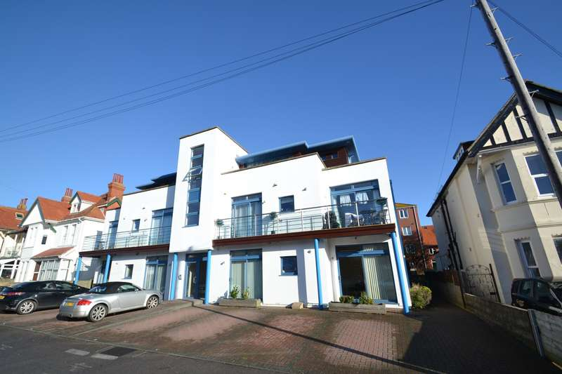 2 Bedrooms Flat for sale in Southbourne
