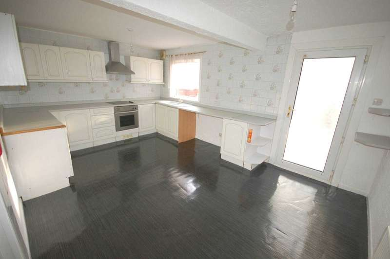 4 Bedrooms House for rent in Semple Avenue,Erskine,Renfrewshire, PA8