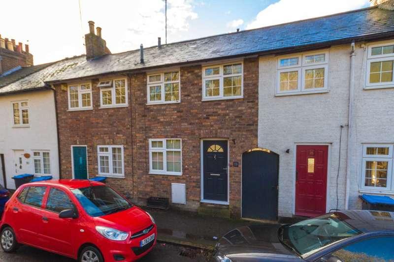 2 Bedrooms House for sale in Ellesmere Road, Berkhamsted