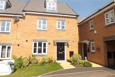 4 Bedrooms House for rent in Ploughmans Grove, Huthwaite, NG17