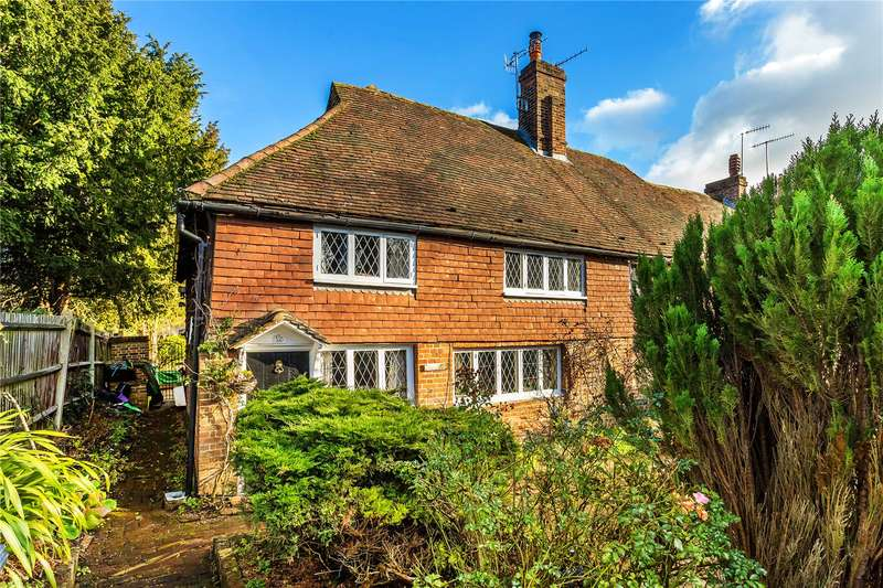 3 Bedrooms Semi Detached House for sale in School Hill, Merstham, Surrey, RH1