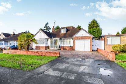 4 Bedrooms Bungalow for sale in Cornwall Road, Walsall, West Midlands