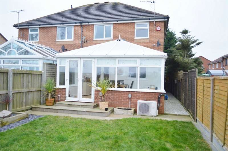 3 Bedrooms Semi Detached House for sale in 5 The Birches, Hornsea