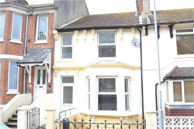2 Bedrooms Maisonette Flat for sale in Emmanuel Road, HASTINGS, East Sussex, TN34 3LE