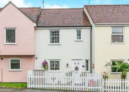 3 Bedrooms Terraced House for sale in Sible Hedingham, Halstead, Essex